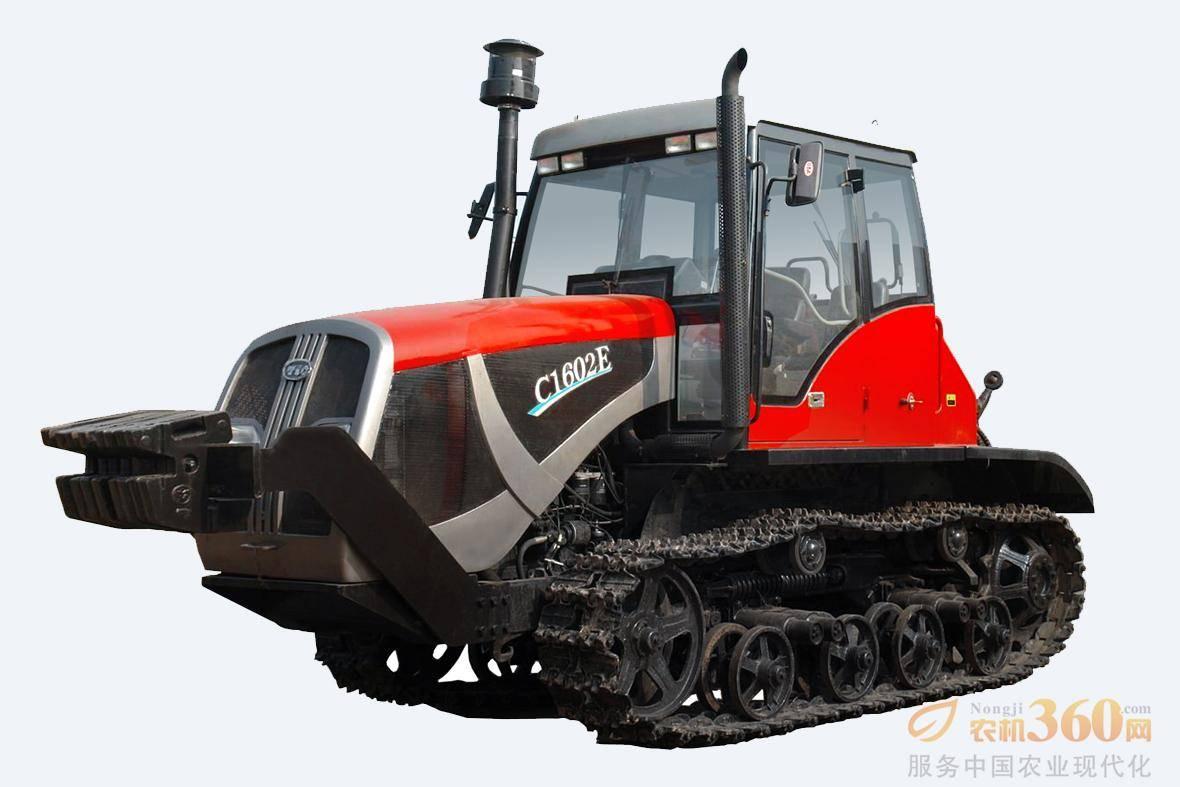 东方红-C1602E履带式拖拉机,适用大面积农田作业为主,整机提升力大,可配装不同农具可进行耕、整、耙、播等作业项目,主要适用于垦区、农场、种粮大户等进行犁、耕、耙、播、松及复式作业的经济型履带式拖拉机。整机采用直列、水冷、四冲程、增压、直喷节能LR6A3L-22柴油机,启动性能好,节能降耗;(3+1)×4组成式啮合套换档变速箱,湿式转向离合器后桥,作业范围广、可靠性高。