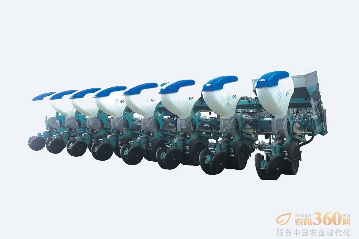 东方红纳迪2BJQ-8/12精量播种机,是中国一拖与意大利纳迪公司联合开发的为大马力拖拉机配套使用的机具产品。该播种机整机性能处于世界先进水平,可一次性实现精量播种(包括大豆、玉米等多种农作物的播种)、精量施肥、覆土、镇压等功能。