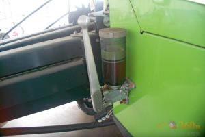 加油装置。