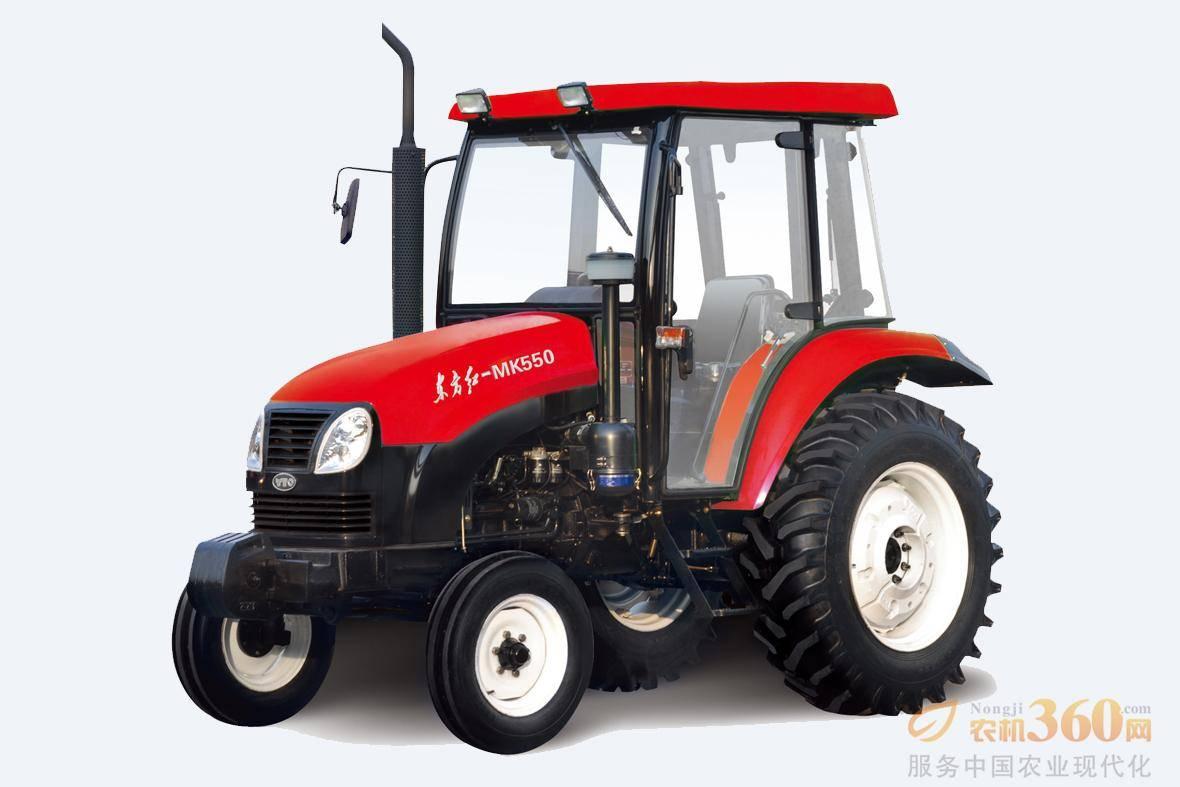东方红MK系列轮式拖拉机采用直喷节能柴油机,油耗低,扭矩储备大,动力经济性好;16+16同步器换挡变速箱,操纵轻便灵活;地隙高,通过性好;同步器梭式换挡机构,田间地头调头快,作业效率高;湿式、盘式、自增力制动器,制动平稳可靠;末端传动采用行星齿轮减速机构,结构紧凑,传动比大,使用寿命长;流线型外观设计,造型优美大方,作业视野好;多挡动力输出,与机具匹配性好,可满足多种作业要求。