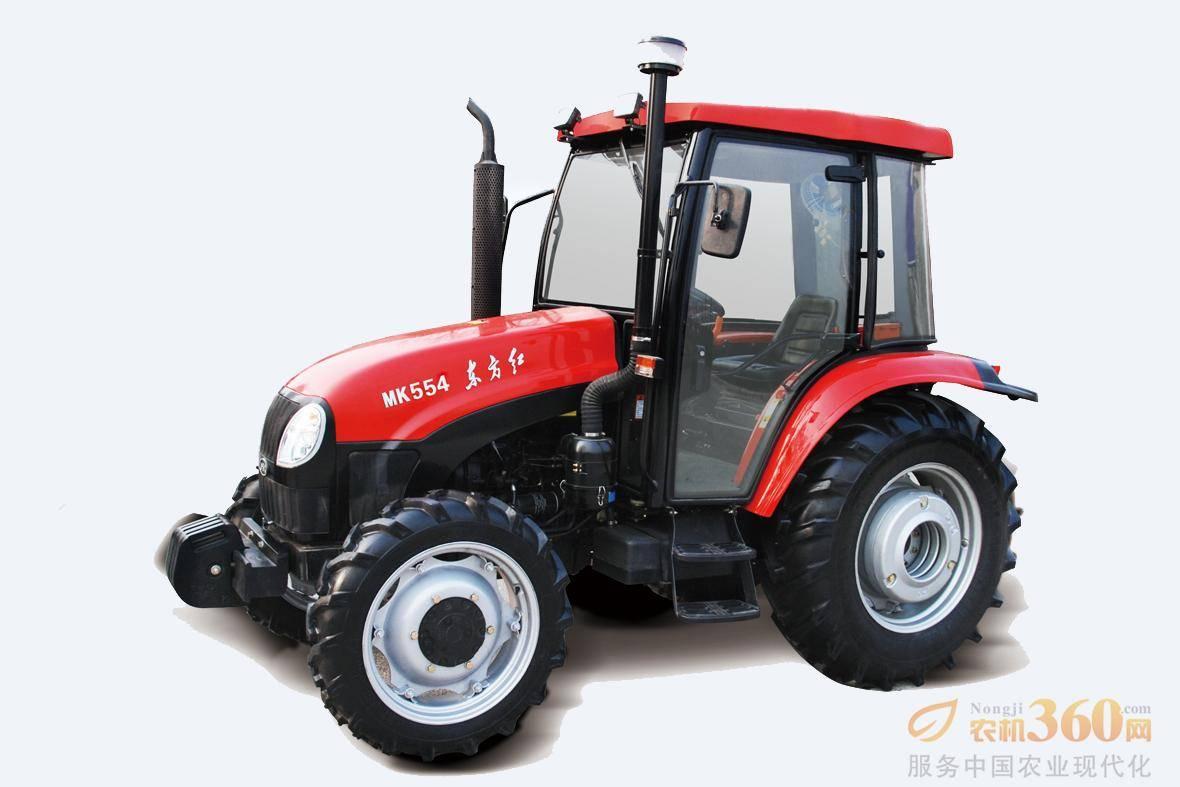 东方红MK554轮式拖拉机,驱动方式为四驱,55马力,动力输出轴转速540、720、1000r/min;额定牵引力13KN,额定提升力≥10.5 KN;前进速度范围为2.35-38.22km/h。