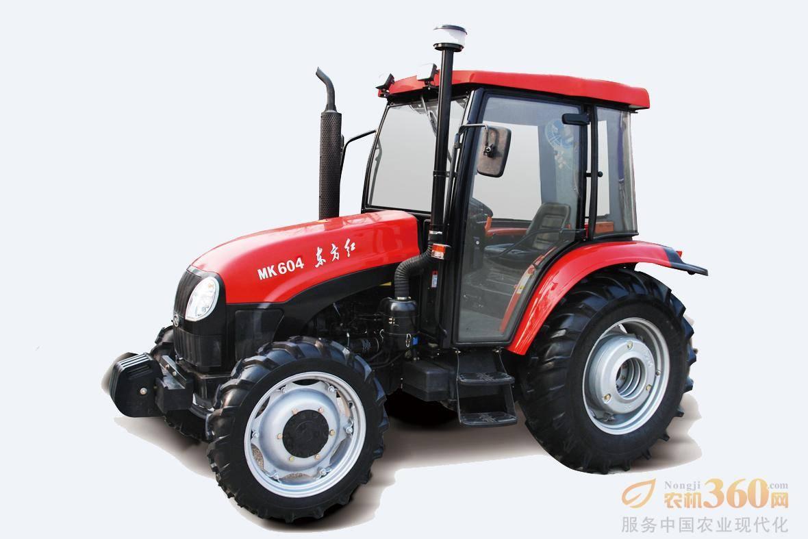 东方红MK604轮式拖拉机,驱动方式为四驱,60马力,动力输出轴转速540、720、1000r/min;额定牵引力14.5KN,额定提升力≥11KN;前进速度范围为2.45-39.82km/h。