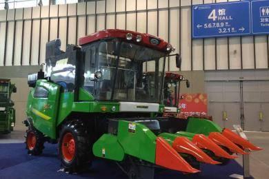 中国收获4LZ-6A联合收获机