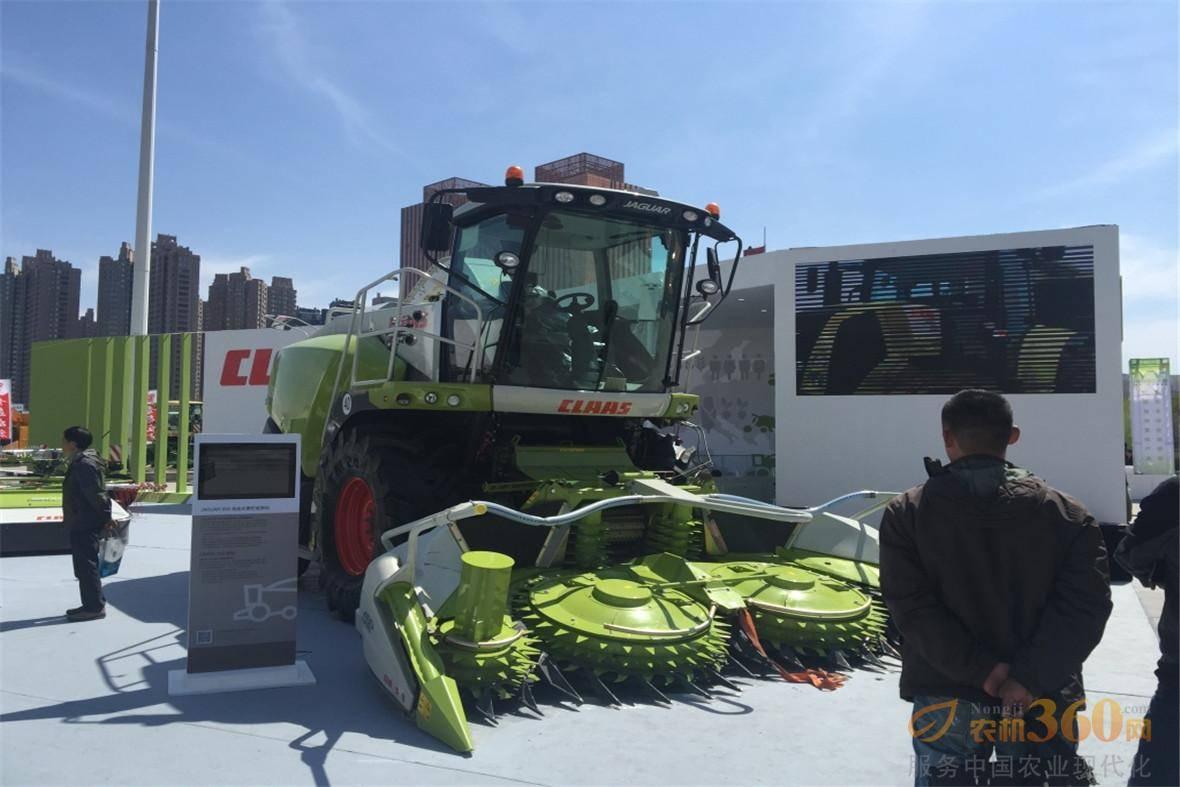 科乐收(CLAAS) JAGUAR 850青贮收获机