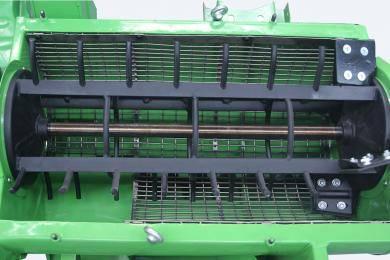 脱离滚筒及不锈钢筛网:新式钉齿脱离滚筒,让破损率更低、脱离效果更好;最新高强度不锈钢筛网,更耐磨,使用寿命更长、维护成本更低。