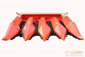 割台:采用大型专用加强型割台,制作工艺精细,摘穂拨禾专用箱体传动,坚固耐用,可靠性高,使用3-5年无故障。