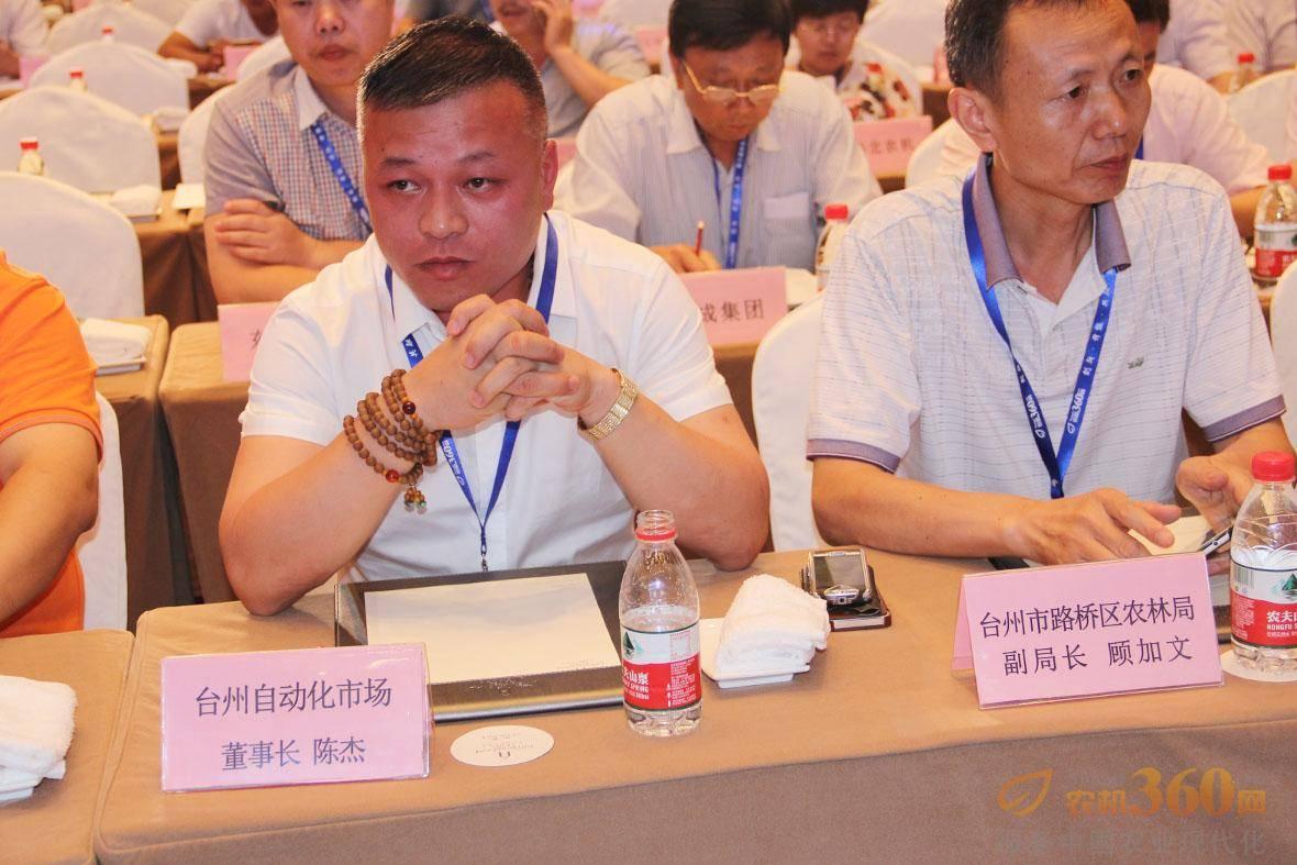 台州市自动化设备市场董事长陈杰。