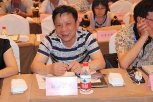 浙江海天机械有限公司董事长陈正华。