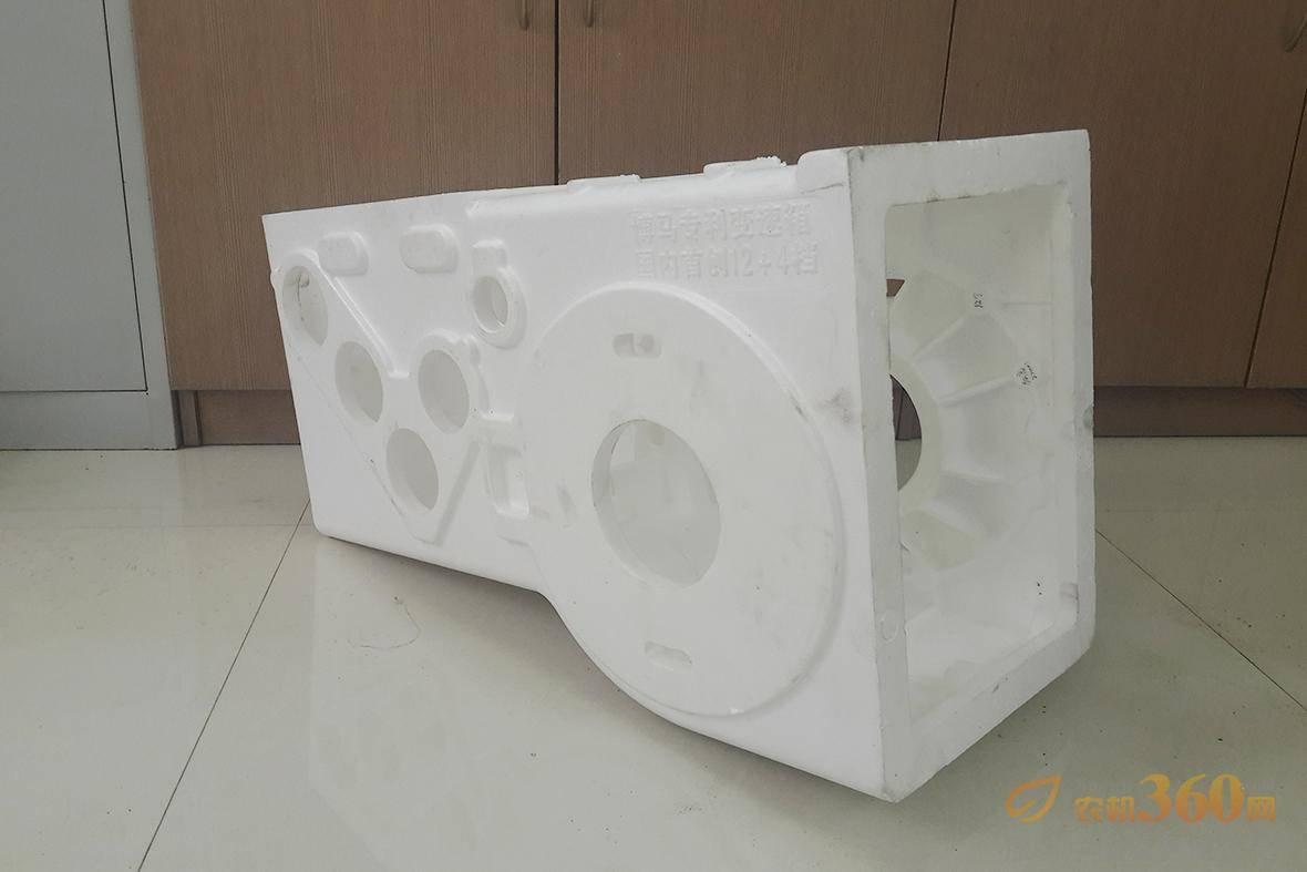 博马玉米收变速箱箱体铸造是采用消失模,铸件壁厚均匀,无砂眼、气孔、夹渣,箱体不会松弛掉沙,强度好。