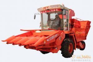 国丰4YZP-4F(东北)行自走式玉米收获机,采用成熟拉茎板式割台,摘穂拨禾专用箱体传动,拉茎速度快、籽粒损失少,装有排杂系统、不缠草;配备无级变速装置,作业速度快。该机可对玉米一次完成摘穗、剥皮、收集、秸秆还田等多项作业,满足用户耕种要求。