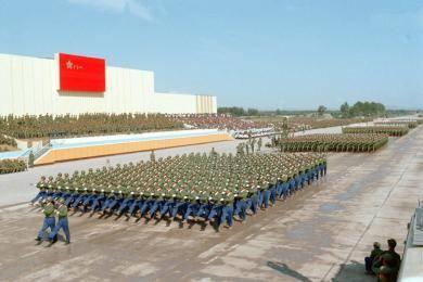 新中国两次非常阅兵