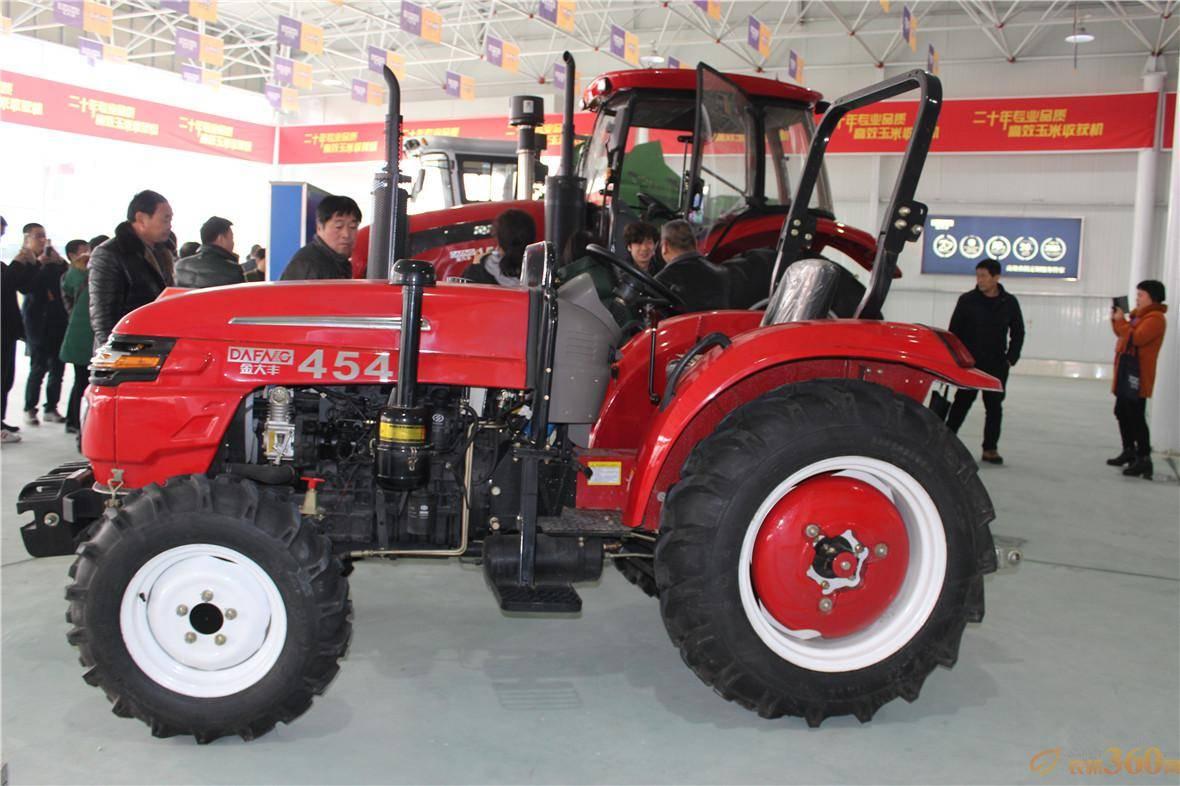 JDF454轮式拖拉机