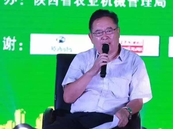 高元恩在第三届中国农机工业高端论坛上发言.jpg