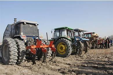 农机技术人员教你如何选购农业机械