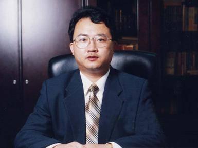 刘成强:推动转型是跨越行业生死线唯一途径