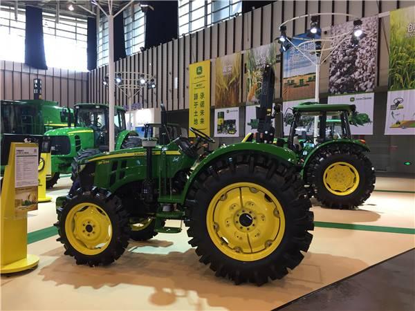 企业 > 约翰迪尔精彩亮相第九届江苏国际农业机械展览会     3b系列55