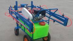 多功能悬挂喷雾机的使用与维护