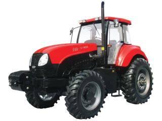 东方红CF1404轮式拖拉机