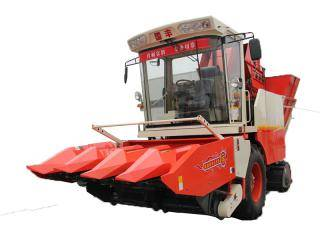 国丰4YZP-4F型自走式玉米收获机
