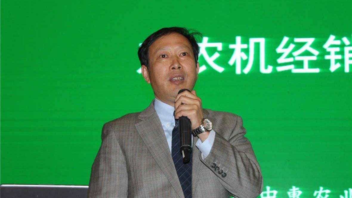 合肥中惠农业机械有限公司总经理陈兴祥营销峰会上谈农机销售感受